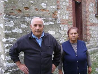 Ахматово - хора от църквата